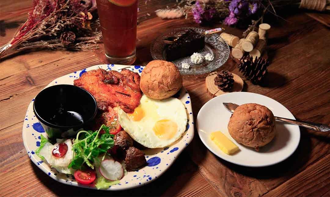 Greedy Bistronomy Cafe 餐酒-炭烤香料雞腿早午餐 ( 免費升級飲品 )