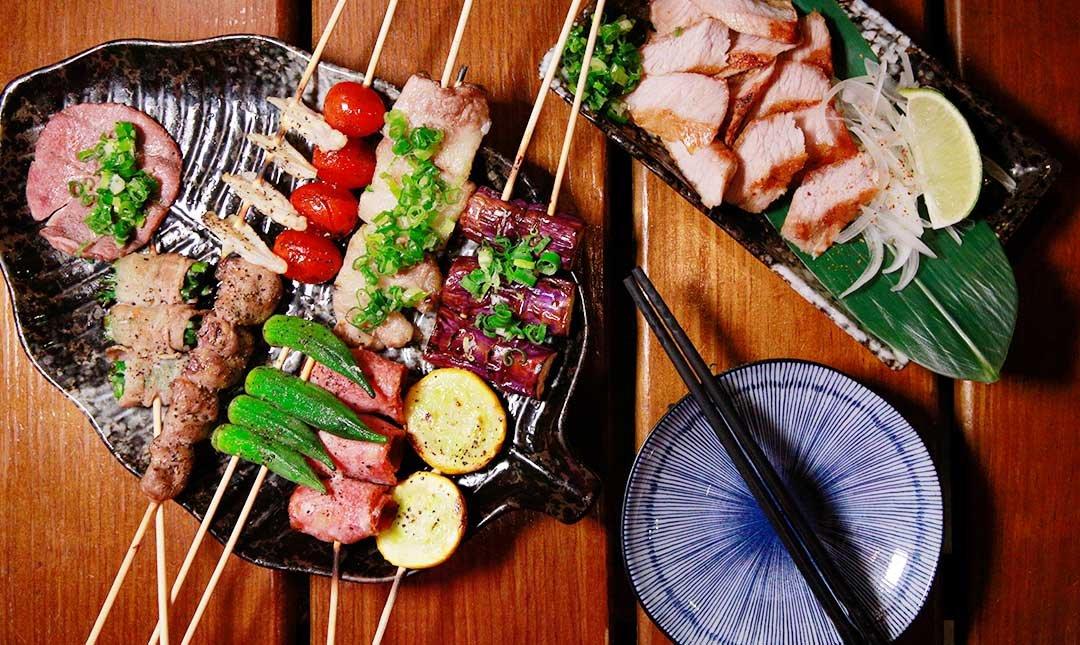 永吉食事處-串燒16串 + 松阪豬或鹽烤牛排1份