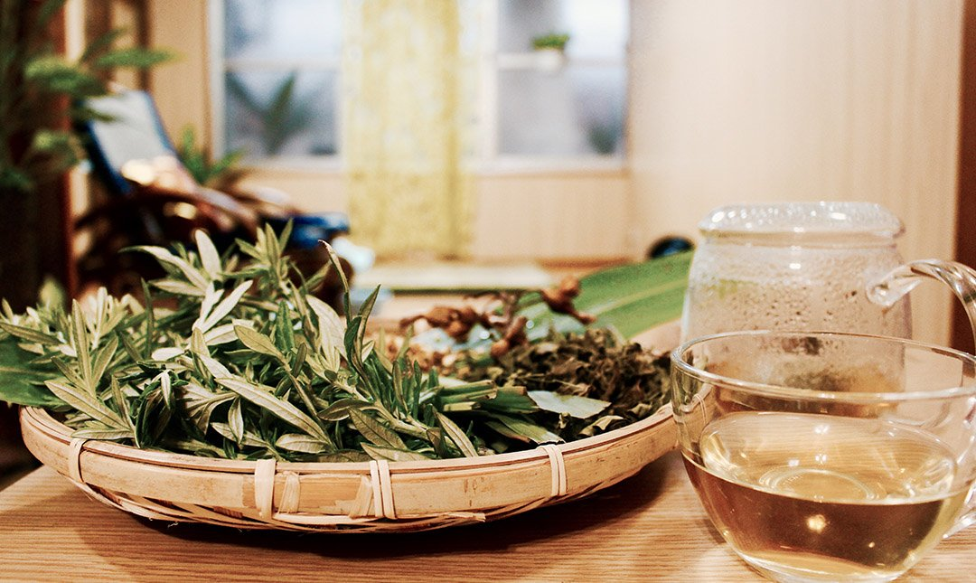 Herb Relax-泰式全身按摩 + 熱草茶點組 1.5h