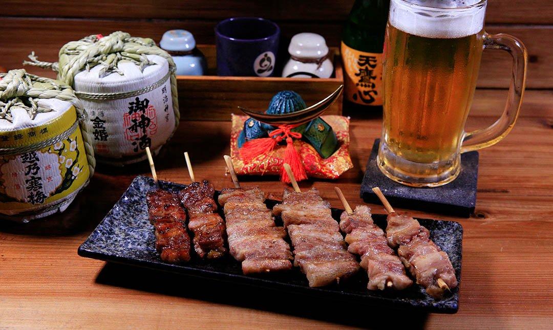 鳥重地雞燒-主打雞肉燒烤   串燒 + 生啤酒