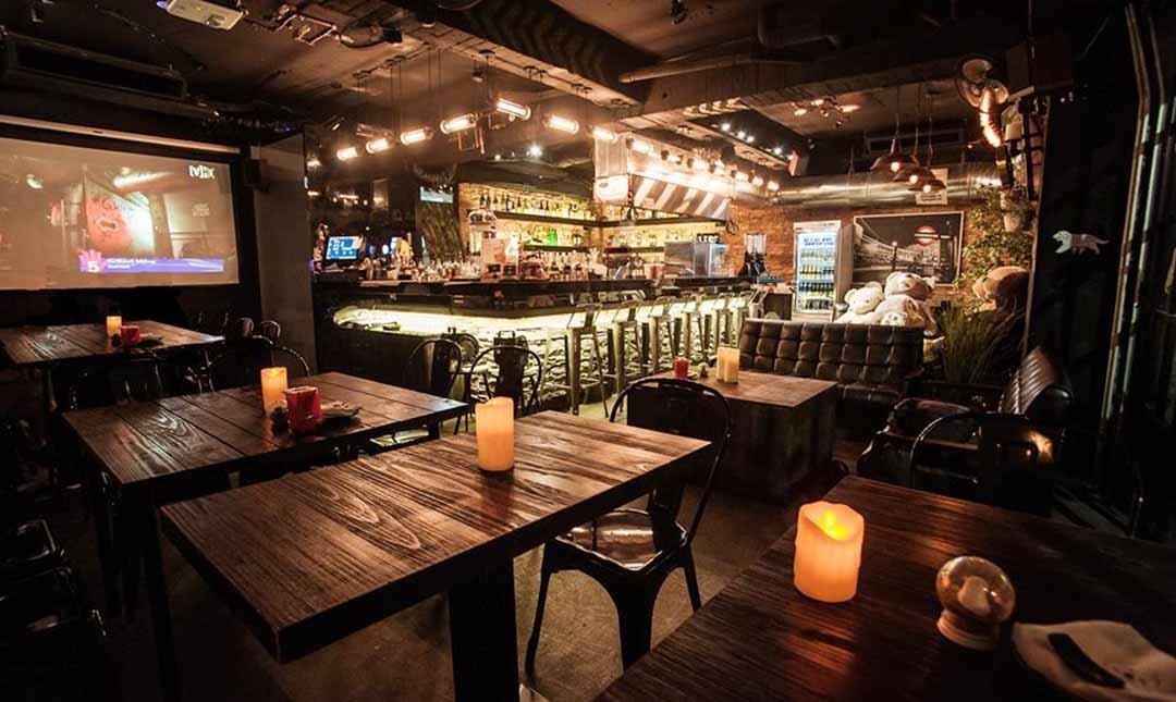 熊燒 Bar 創意餐酒館-辣雞翅 + 脆皮薯條 + 生啤 2 杯