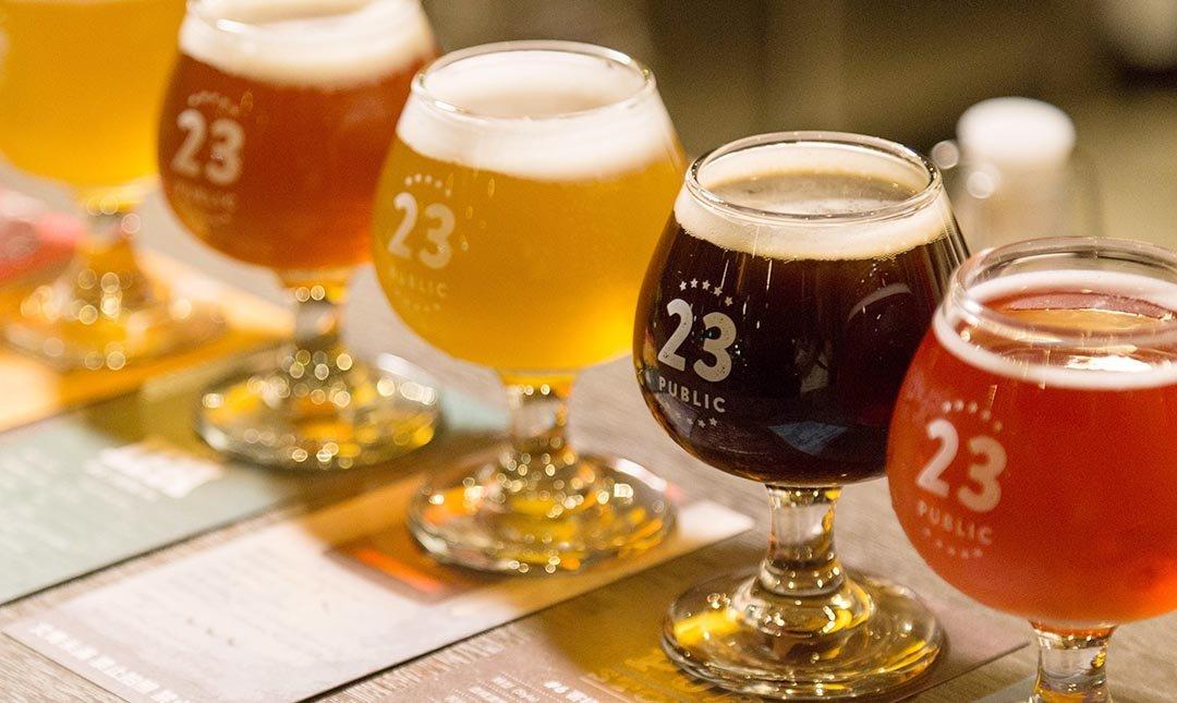 23 Public 精釀啤酒 師大店-三人同行  六小幅 + 毛豆 + 蠶豆