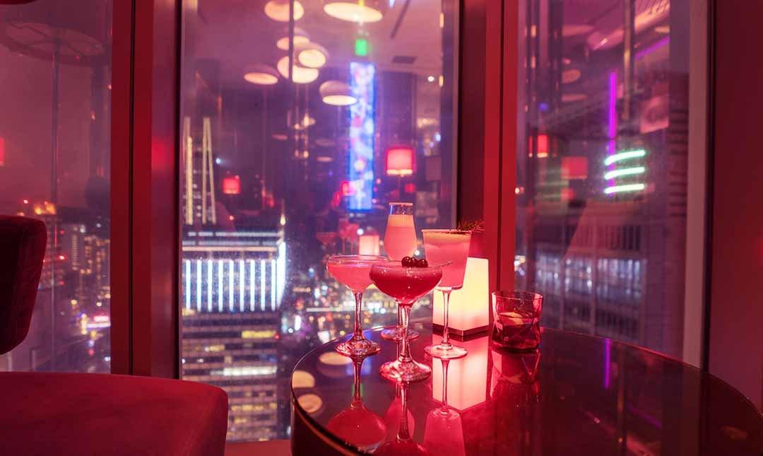 台北 W 飯店|31樓紫艷酒吧-夜艷雙人酒款|101高空夜景