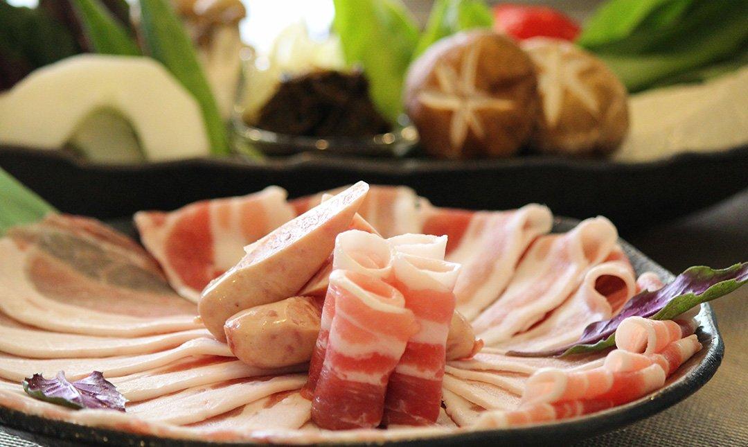 shi shi 豚牛涮涮鍋-特級月套餐:贈免費飲料一杯