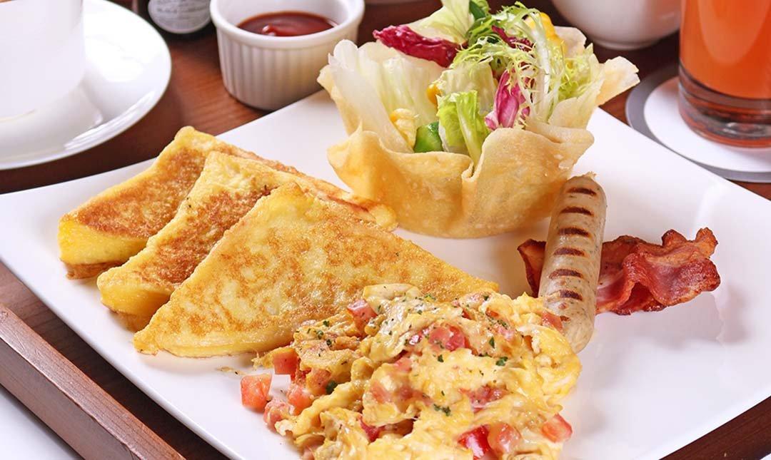 台北怡亨五星酒店-歐式早午餐|贈現打果汁