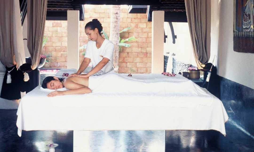 Mandara Spa - The Renaissance-2 Person   2 Hours Massage + Spa