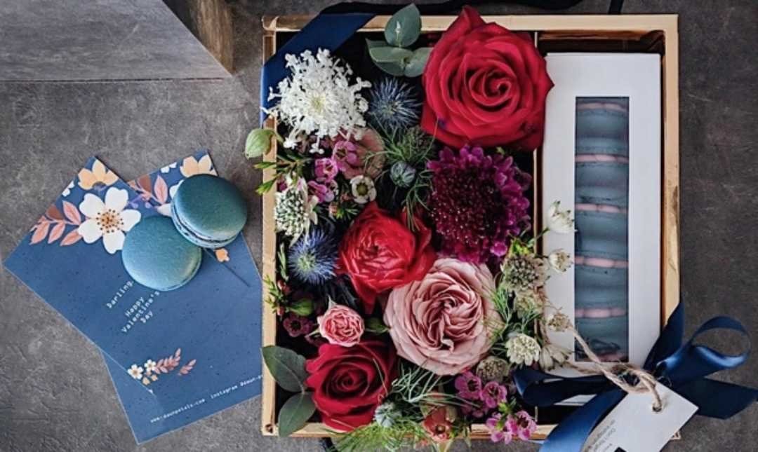 Daun & Petals-Valentine's Edition   Deeper In Love