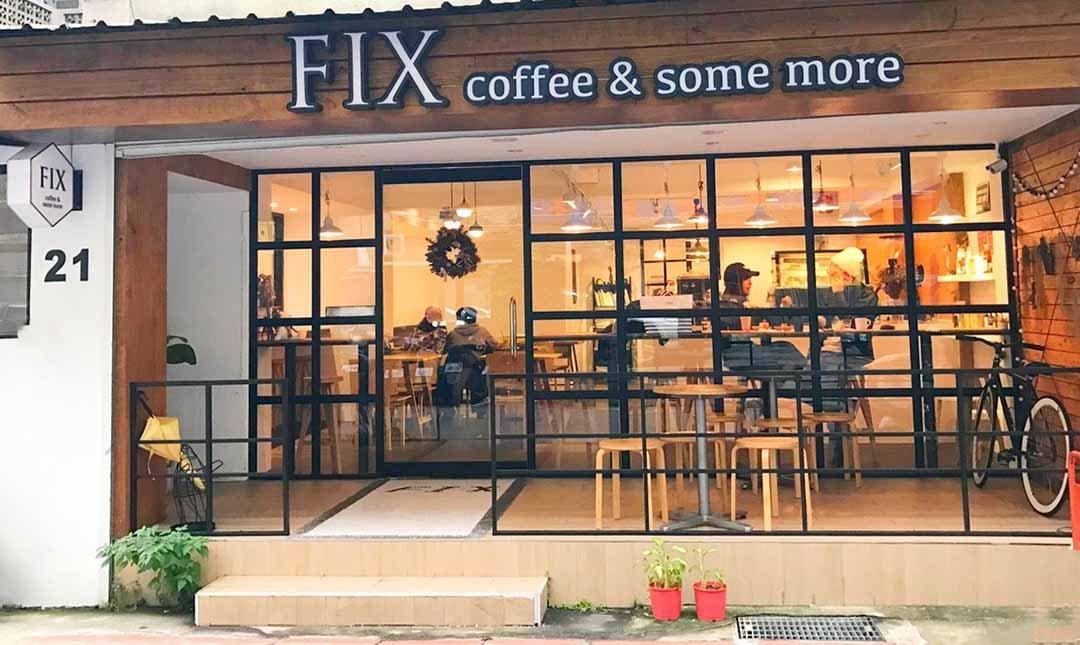 FIX COFFEE-輕食套餐:燻牛肉帕尼尼+熱拿鐵1杯