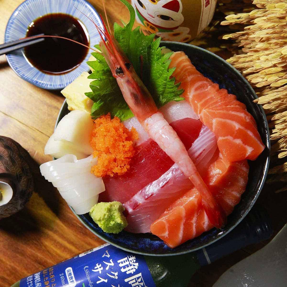 //cdn.funnow.com.tw/images/oblog/大黑居酒食堂_海鮮丼飯_75db3b.jpg